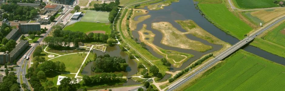 In het Kruserbrinkpark kan bij extreme neerslag water worden opgevangen