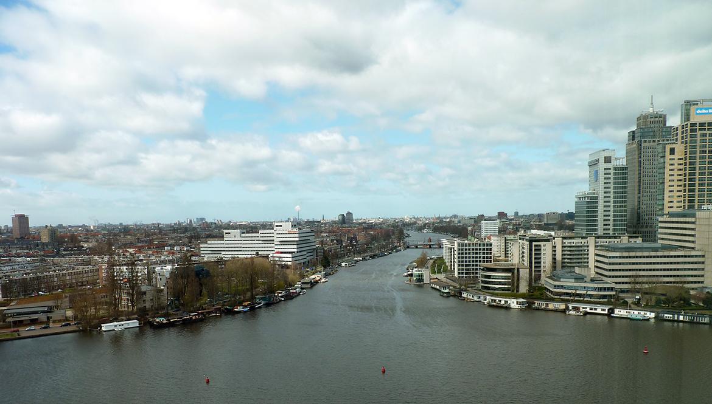 Uitzicht vanaf het kantoor van Waternet